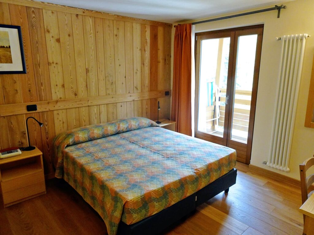 Single room Deluxe at Hotel Aigle, Courmayeur Mont Blanc.