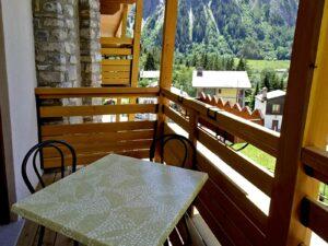 Balcone di una camera dell'Hotel Aigle, Courmayeur Mont Blanc.