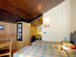 Camera a tre letti all'Hotel Aigle, Courmayeur Mont Blanc.