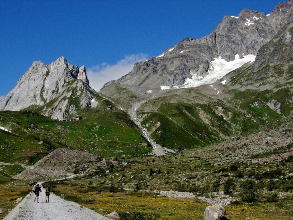 L'ultimo parte della Val Veny, con le Pyramides Calcaires.