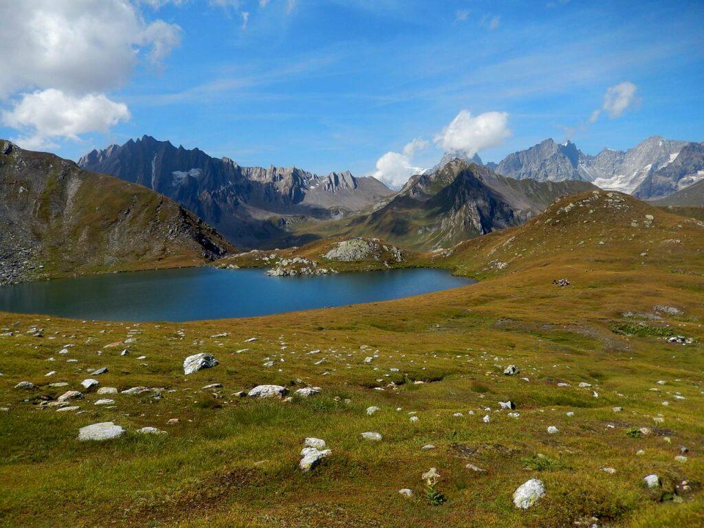 I laghi Fenêtre, sul lato svizzero della Val Ferret.