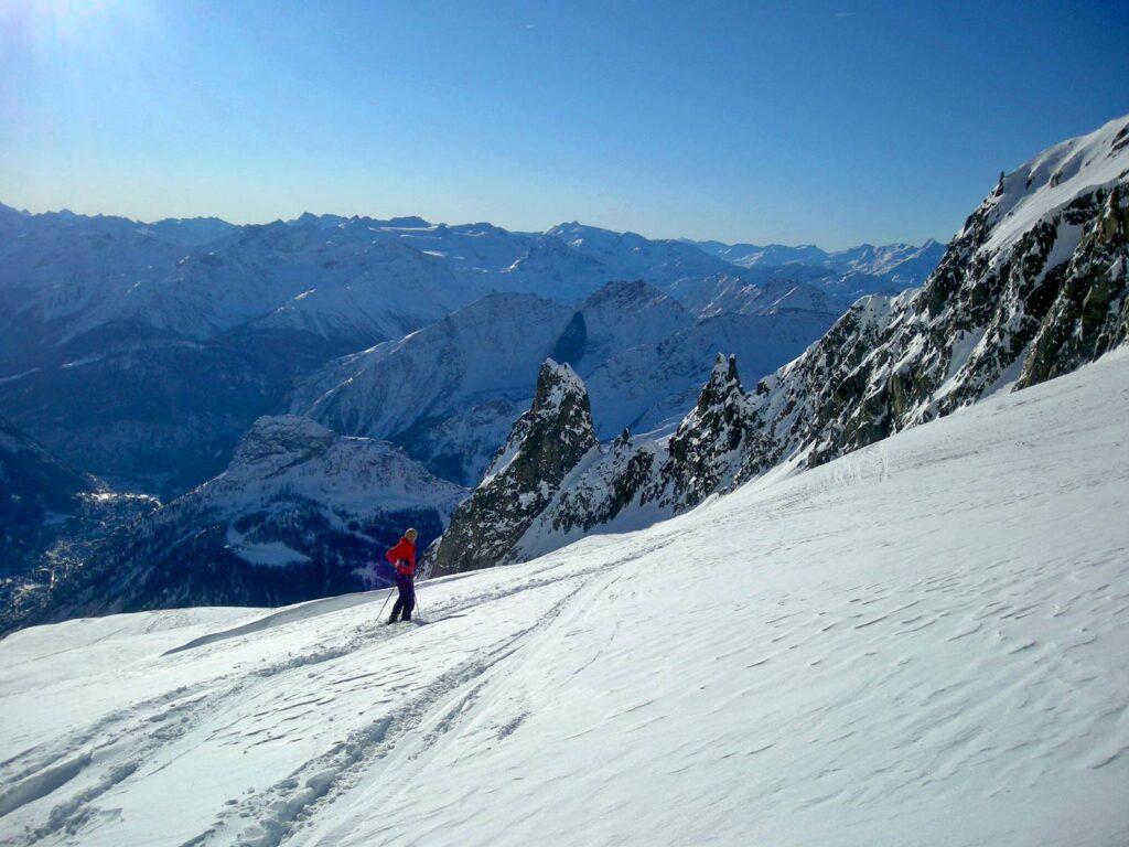 Sci alpinismo nel gruppo del Monte Bianco.